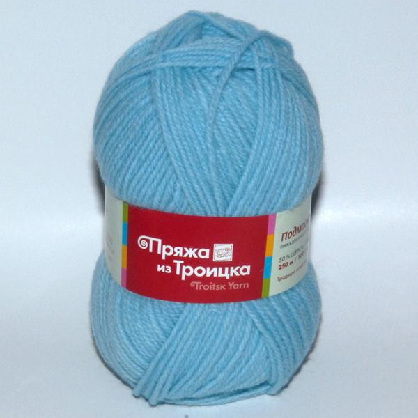 Пряжа Подмосковная бледно-голубой